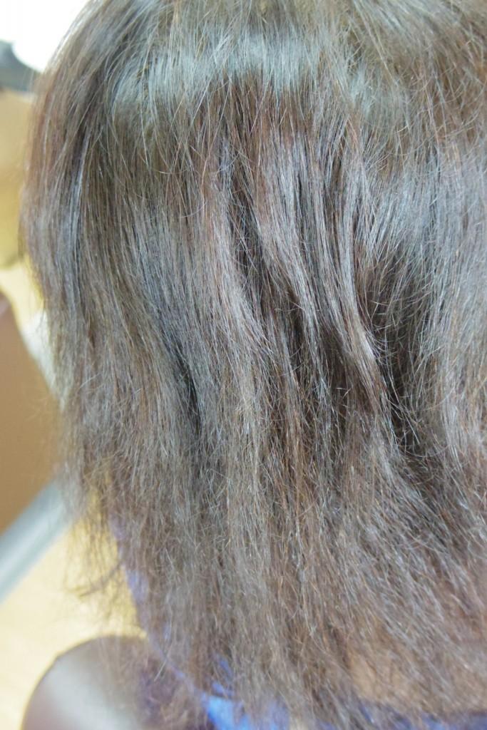 普通の白髪染めで傷んだ髪の毛