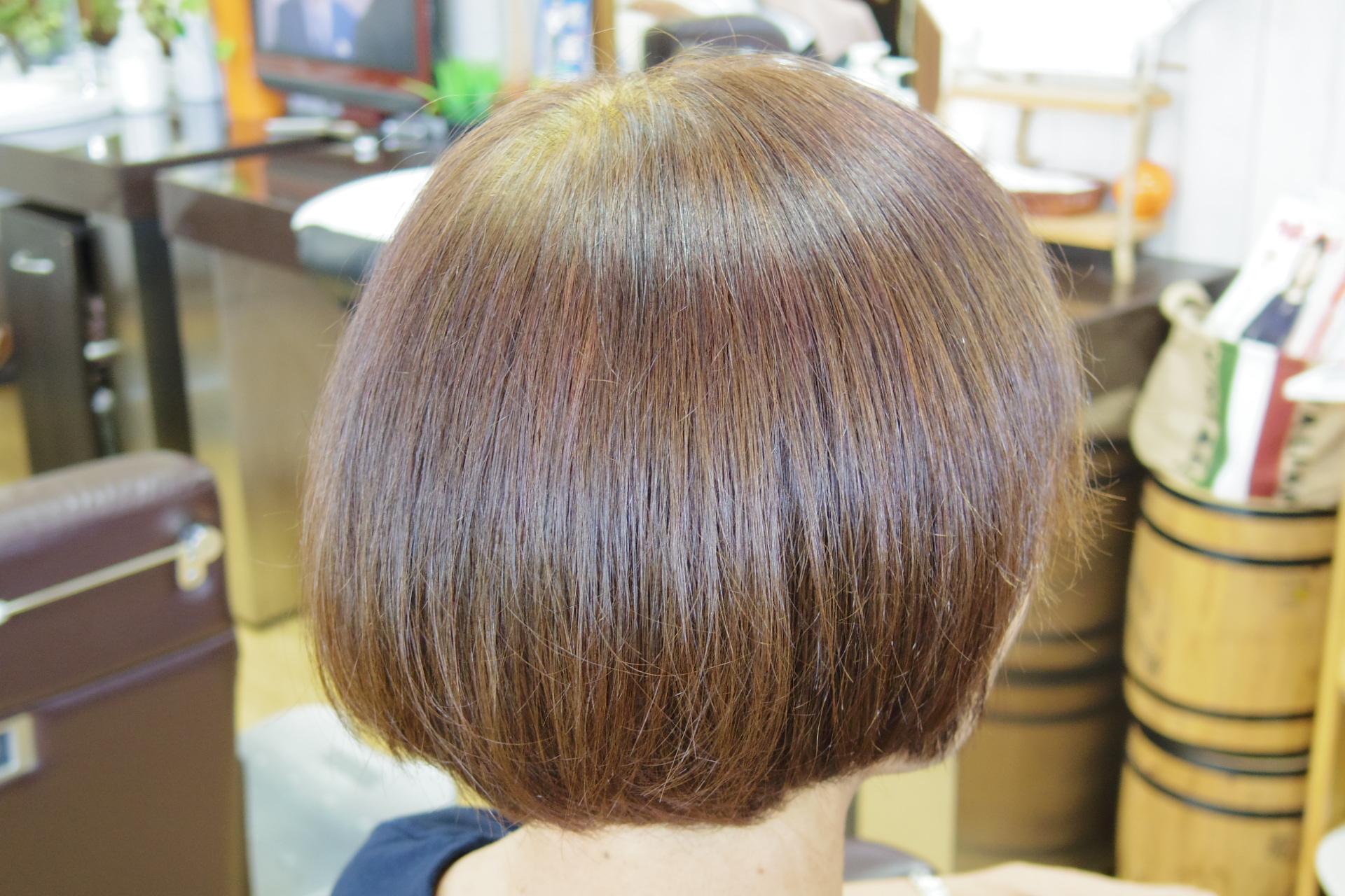 白髪率ほぼ100%の髪をハーバルブラウンで染めた後